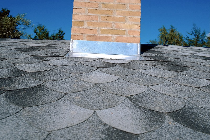 Dach pokryty gontem bitumicznym