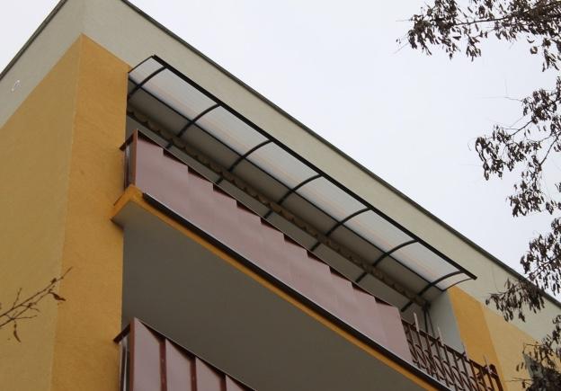 Zadaszenie balkonów